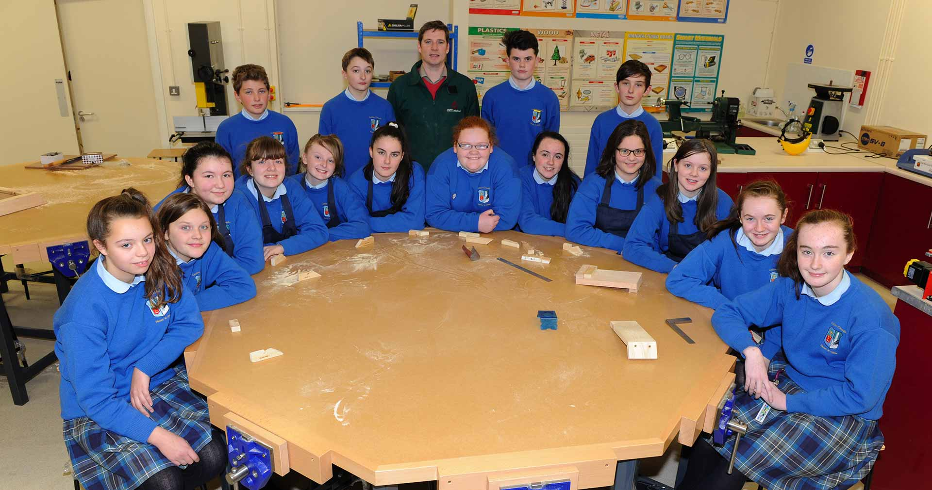 Colaiste Chiarain teacher and students